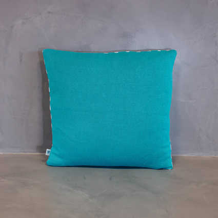 thumb cushion azulejo coimbra blue