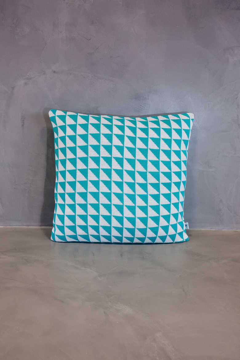 big cushion azulejo coimbra blue
