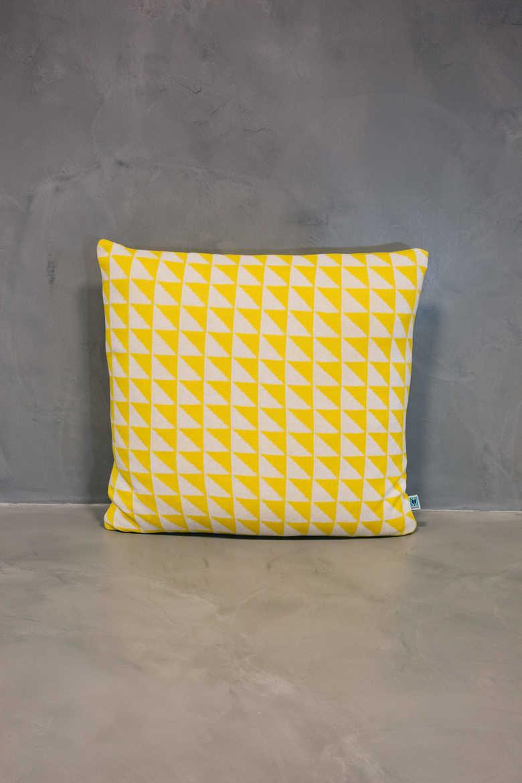 big cushion azulejo coimbra yellow