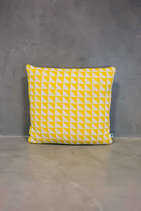 normal cushion azulejo coimbra yellow