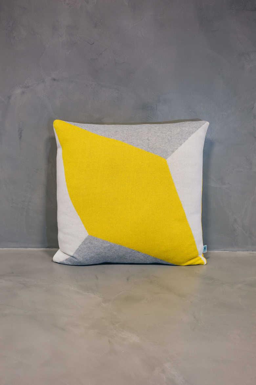 big cushion lisboa grande yellow