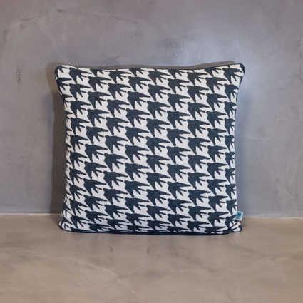 thumb cushion andorinha
