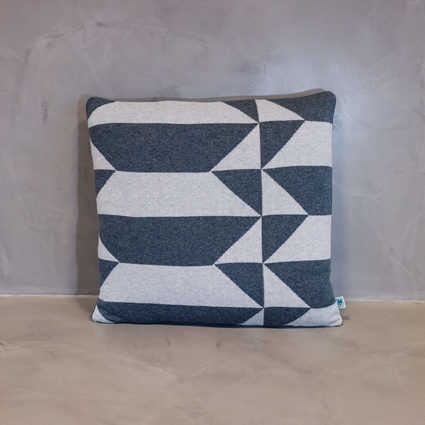 thumb cushion porto grande grey