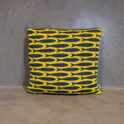 thumb cushion sardinha yellow
