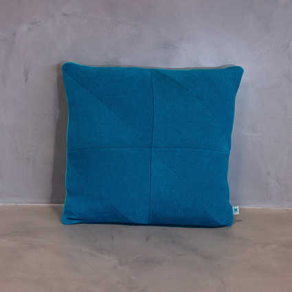 thumb cushion serra blue coral